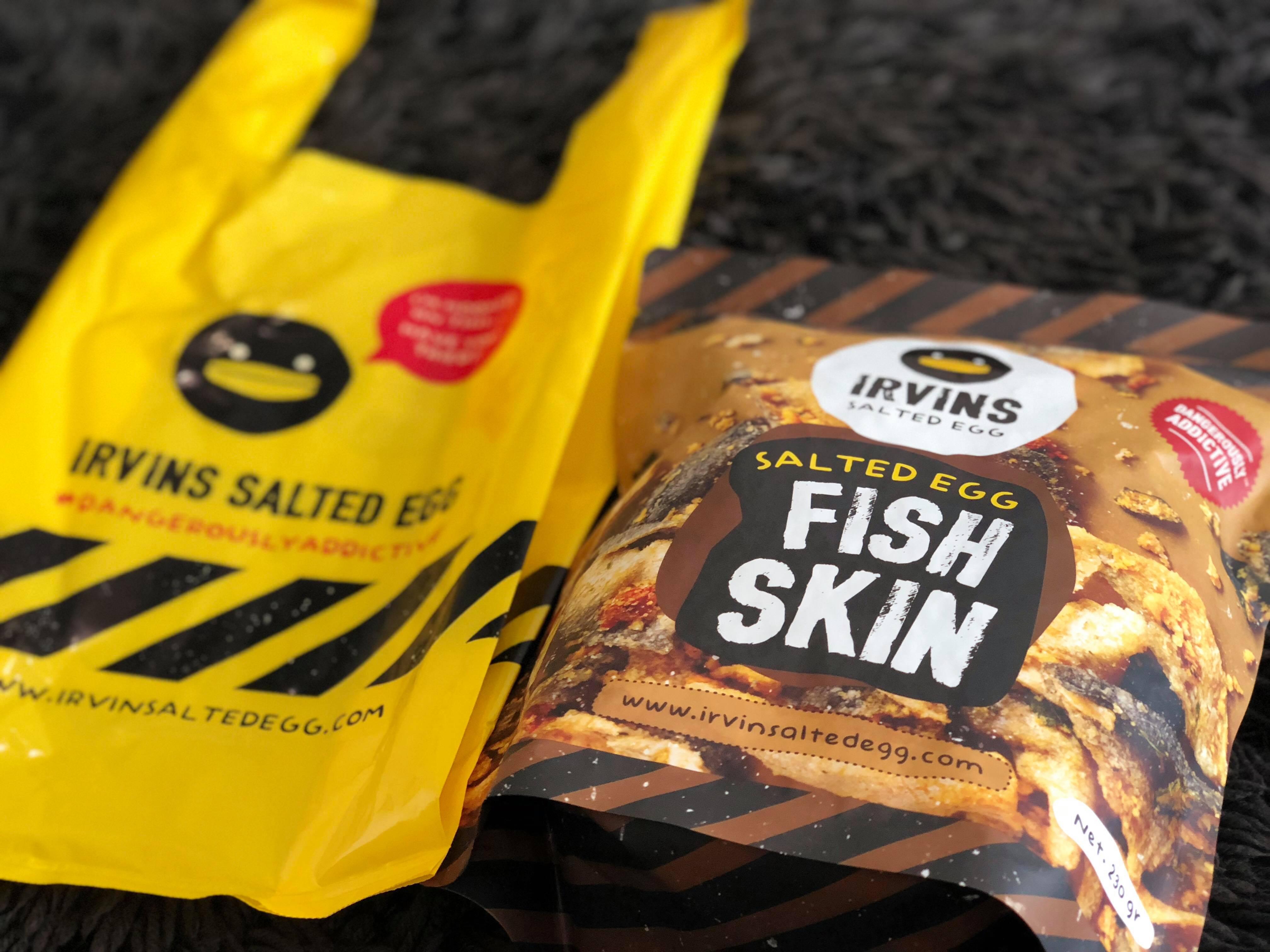 シンガポールで大行列のチップス屋さん IRVINS SALTED EGG FISH SKIN