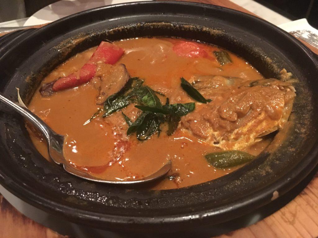 Violetoonオシャレな空間でシンガポール料理を堪能してみた。ナショナルギャラリーのレストラン