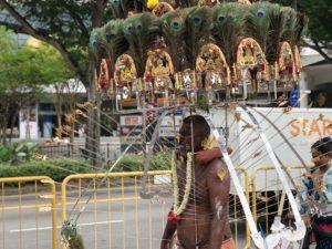 閲覧注意)痛すぎるお祭り タイプーサムin シンガポール